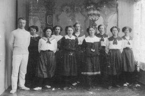 Gymnastik i Beder 1918 i ærbare gymnastikdragter